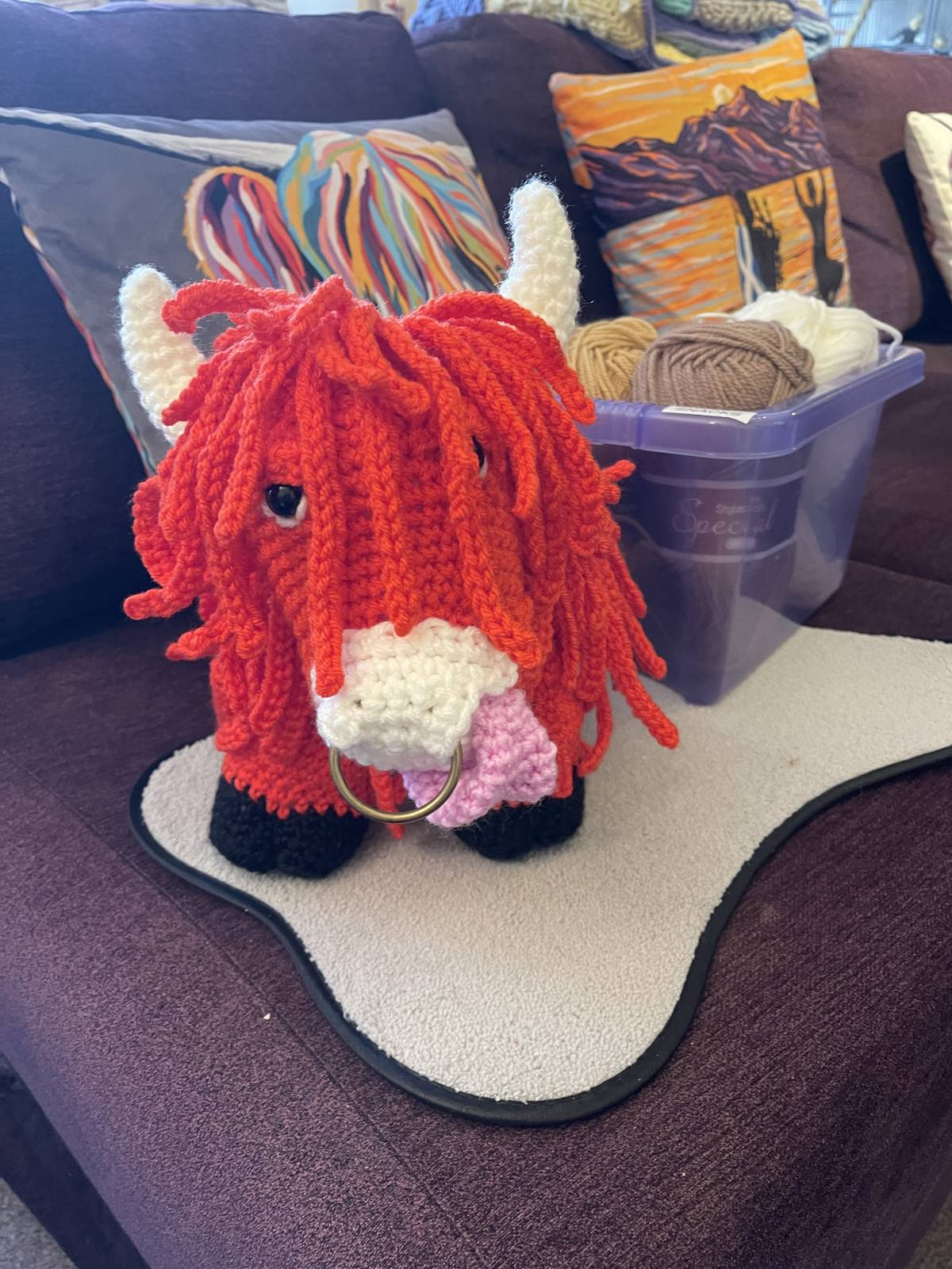 Amigurumi crochet highland cow pattern review by heather laing for cottontail & whiskers