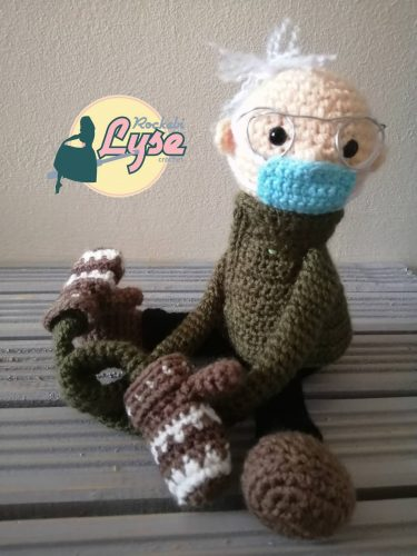 Bernie crochet pattern review for cottontail and whiskers by rockabi lyse