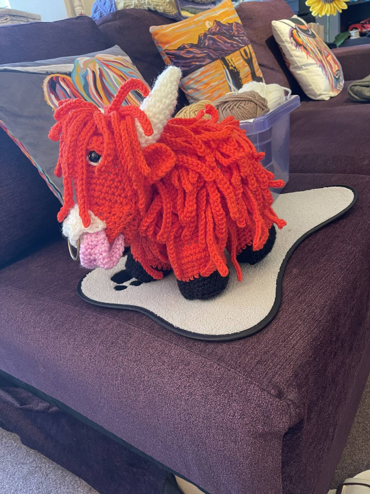 Crochet highland cow amigurumi pattern review by heather laing for cottontail & whiskers