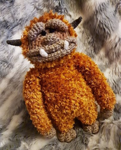 Labyrinth Crochet Ludo Amigurumi Pattern Review for Cottontail and Whiskers by Kelly Madelin